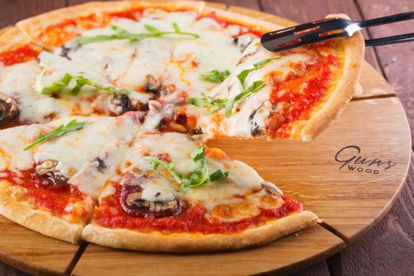 Доска-для-подачи-пиццы