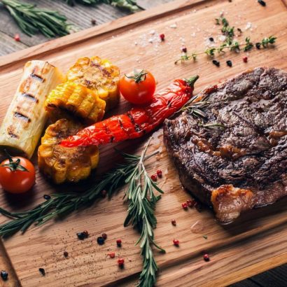 Доска для подачи стейка Beef Bro. Фото Алексея Лапутина