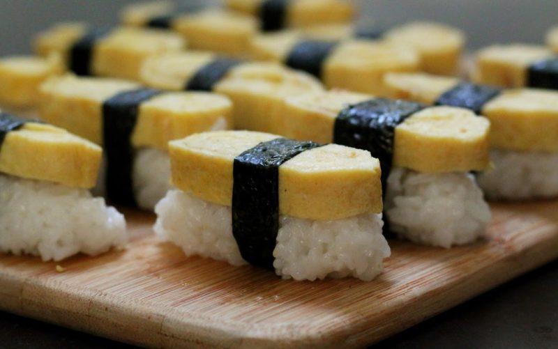 суши, роллы, самые популярные суши, популярные роллы, виды суши, подача суши