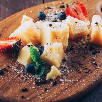 доска для сыра, доски для подачи сыра, подача сыра, красивая подача сыра